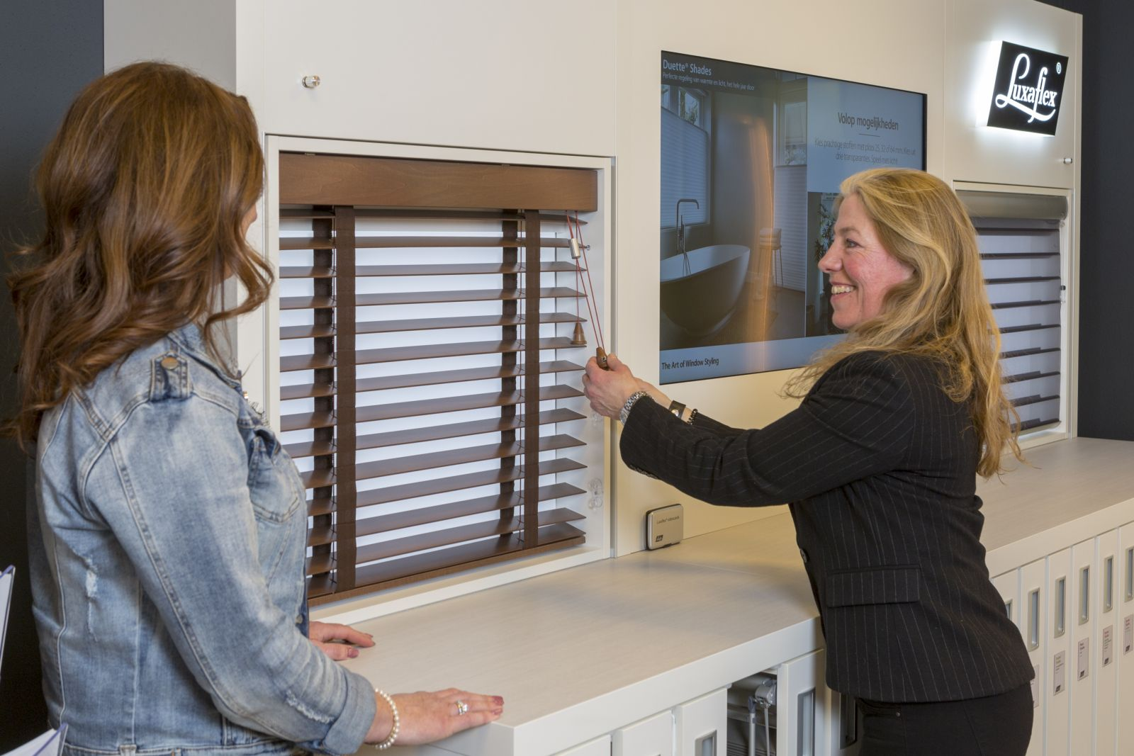 Sunstore als Luxaflex Inspiration Shop in Huizen